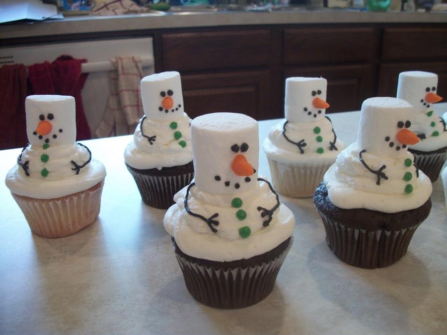 snowmen-cupcakes.jpeg