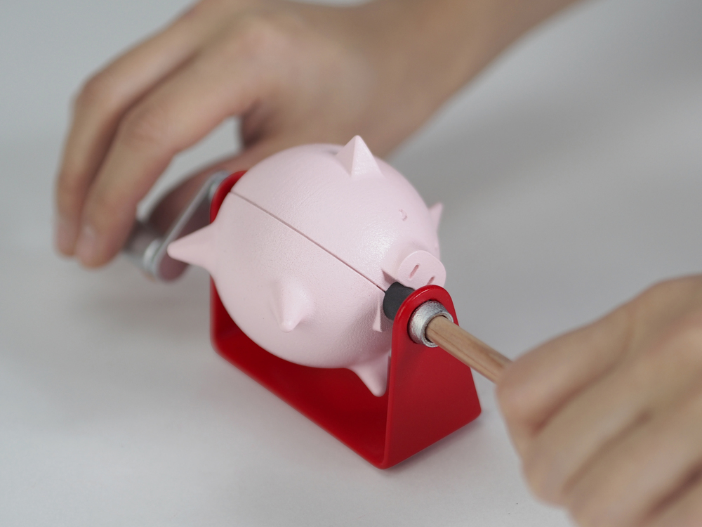 Roast Suckling Pig Pencil Sharpener-2 (Robin Chen).jpg