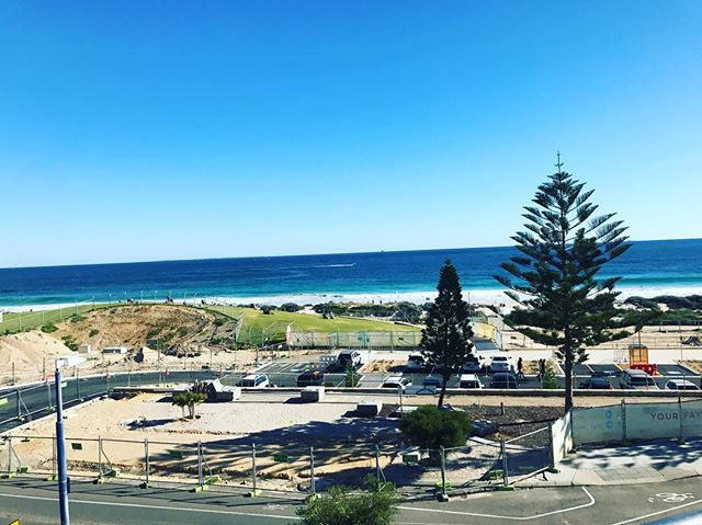 Hola! The North car park has reopened providing another 85 free parking bays....hallelujah. The Transit Hub is due for completion very shortly also meaning The Esplanade will revert back to two way traffic with entries and exits at both Manning St and Brighton Rd #matissebeachclub #scarboroughbeach