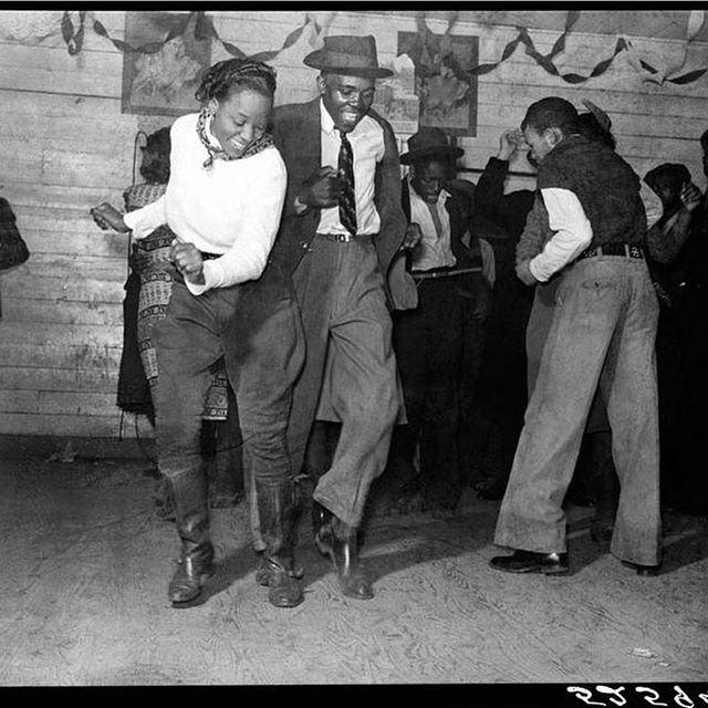 Grits and Soul @weargrits it's nothing like letting the music move your soul. The Green Book Traveller always had recommendations of where to go and Get down. Some of the top Black Clubs, Ballrooms, and juke joints were listed on the pages of The Green Book. #TheGreenBookProject #TheGreenBook #BlackHistory #History