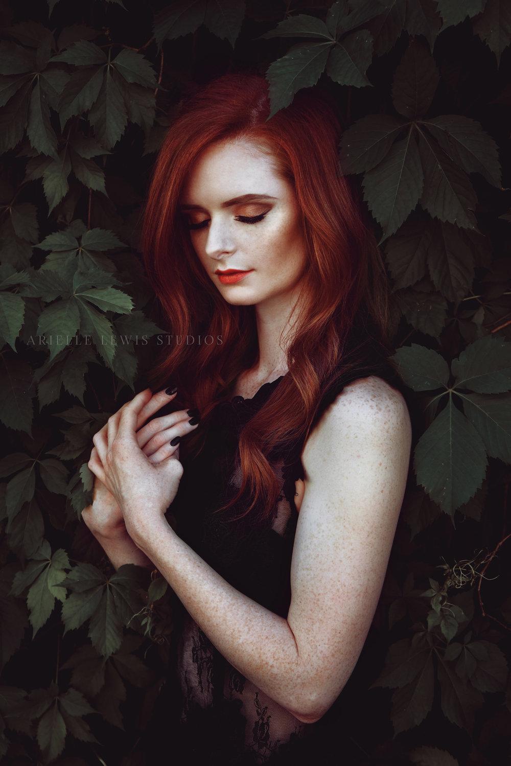 moody_redhead_portrait_ethereal.jpg