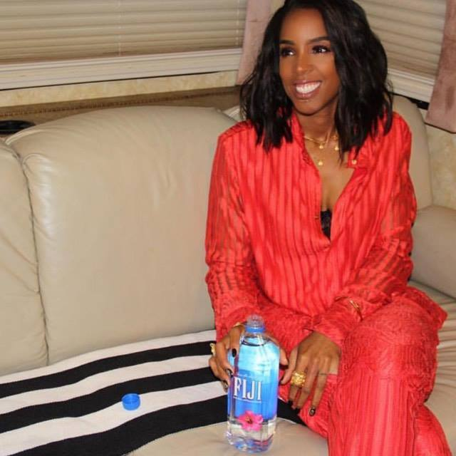 Kelly Rowland wearing the Balyck Coin Necklace on the Voice Australia