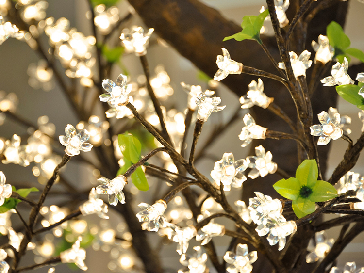 Blossom, Warm White LEDs with Natural Trunk