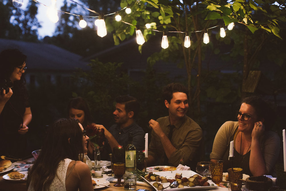 AshevilleFolk.com | Asheville Folk Gathering: Backyard Dinner. Photo by Sadie Culberson.
