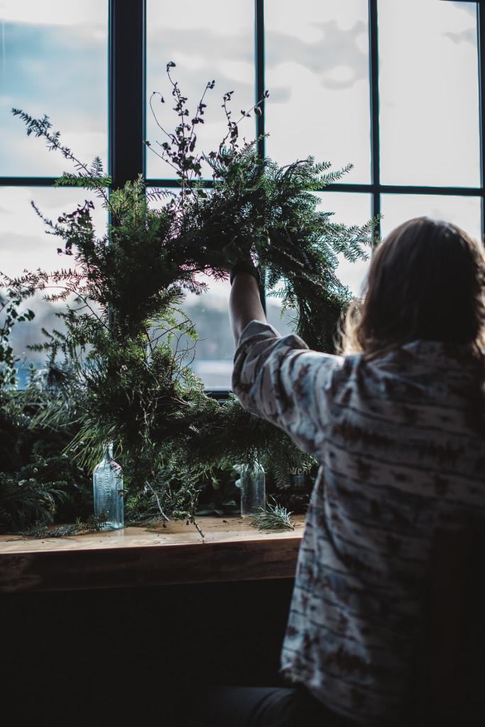 Asheville Folk Wreath Making Workshop: Photo by Sarah Snyder