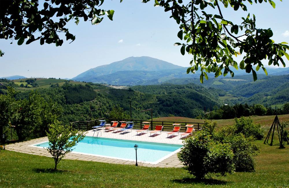 Cacirigiolo-piscina 9.jpg