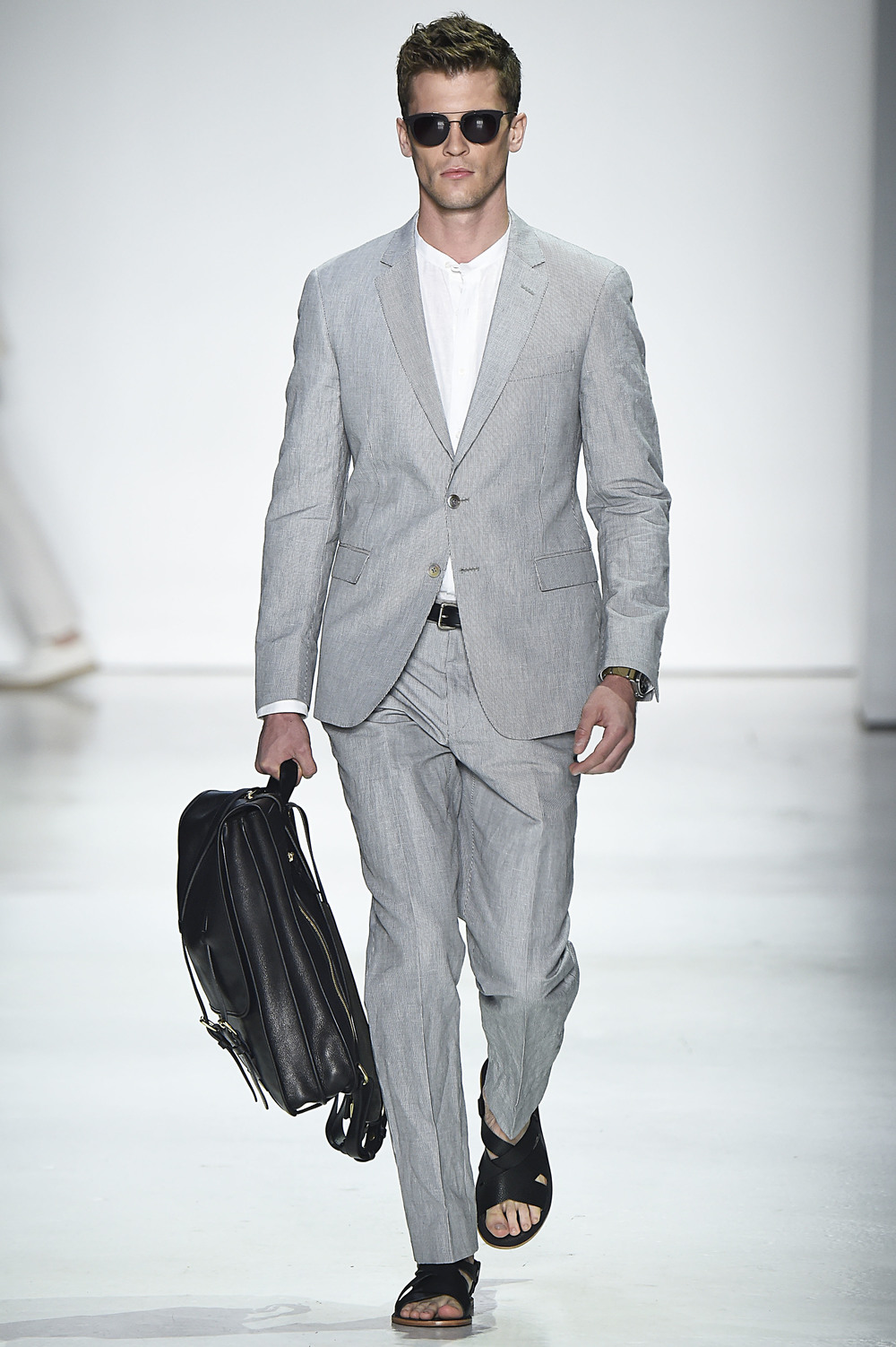 Theo Blix ®_ NYFW_TODD SNYDER_All rights reserved 12.png