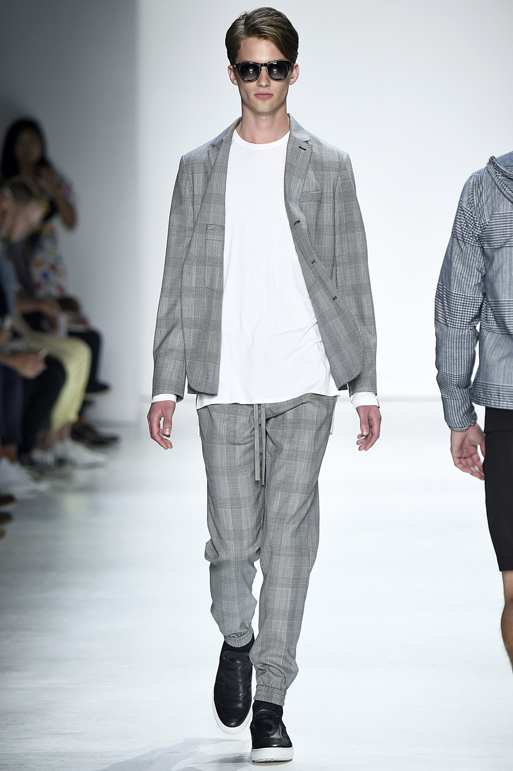 23_Ovadia_and_Sons_original_oas_ss16_058.jpg