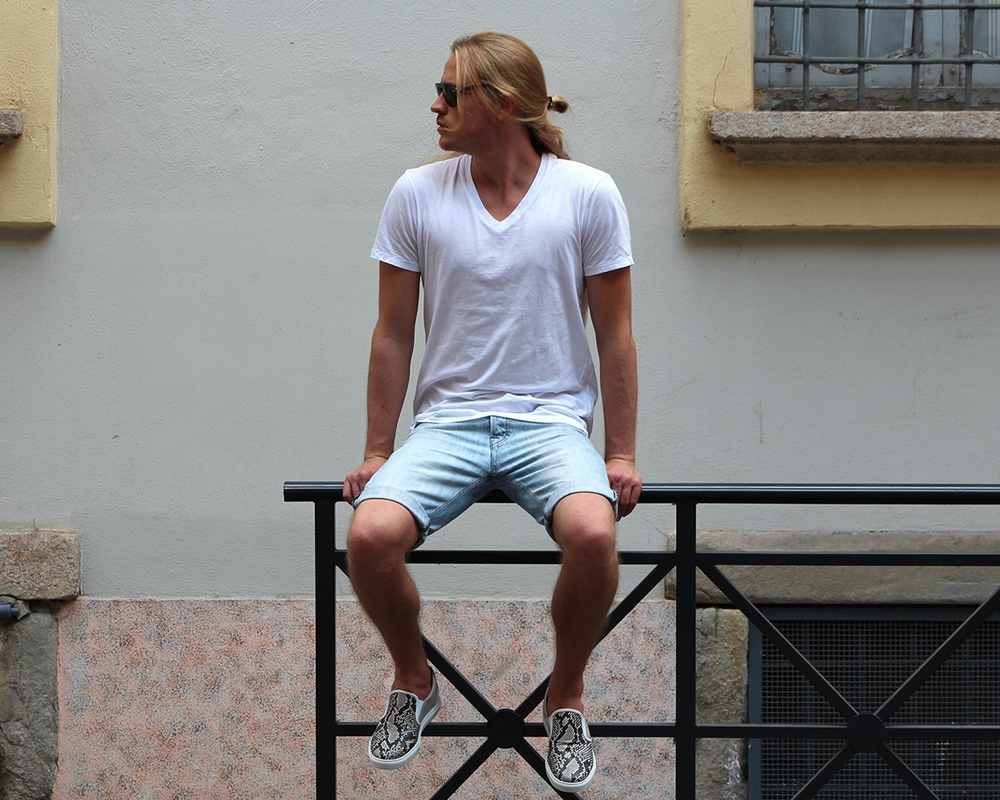 Theo Blix wearing Filippa K bermudas, Torlasco Shoes in Python skin, James Perse T shirt, persol sunglasses