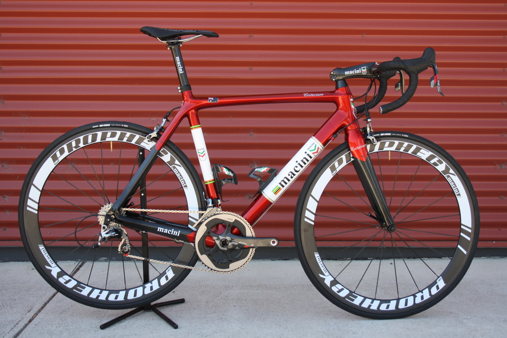 Crit classic cherry red.jpg