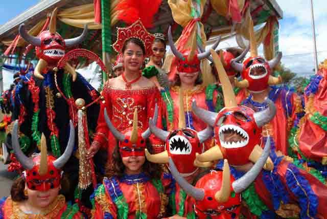 03fl024-Ponce Carnival.jpg