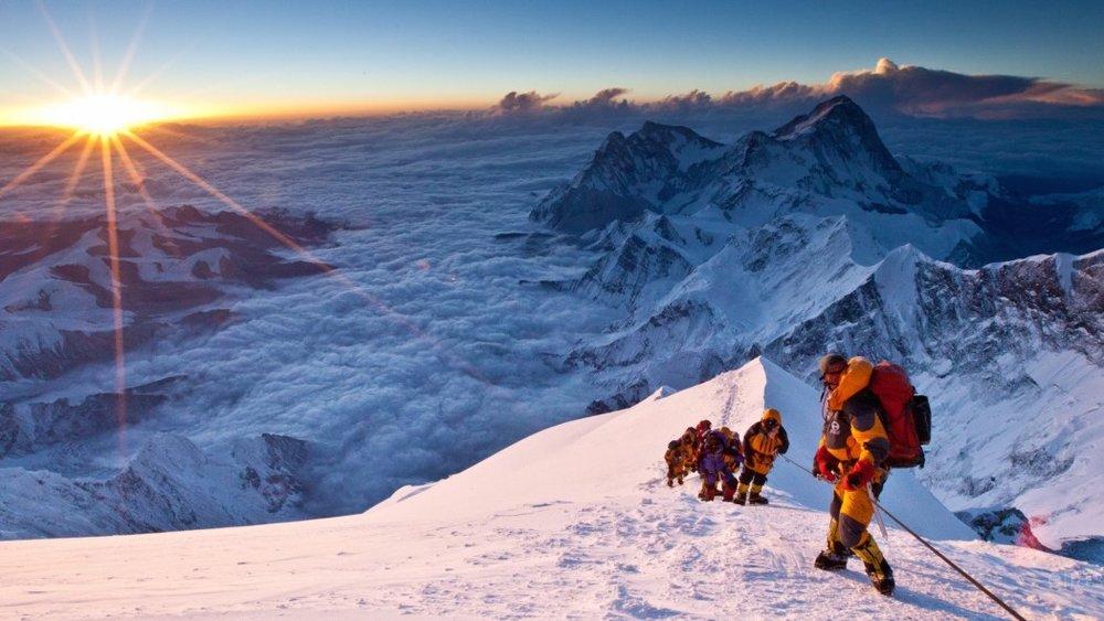 Everest-película-Cinéfagos-1-1050x591.jpg