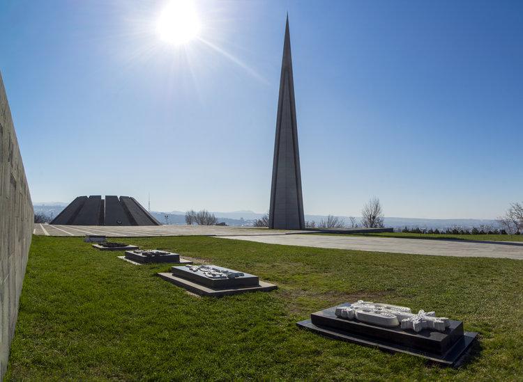 memorial-de-Tsitsernakaberd-Ereván-Armenia