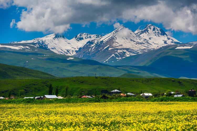 Montaña Aragats