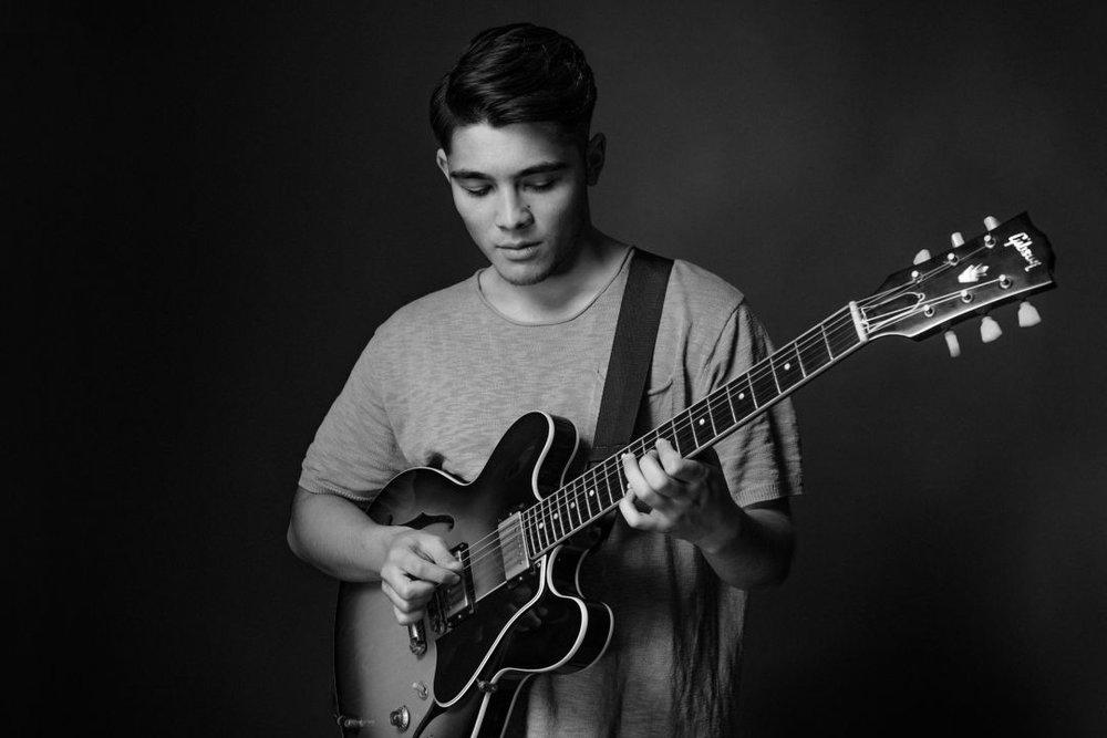 vic jamieson guitarist