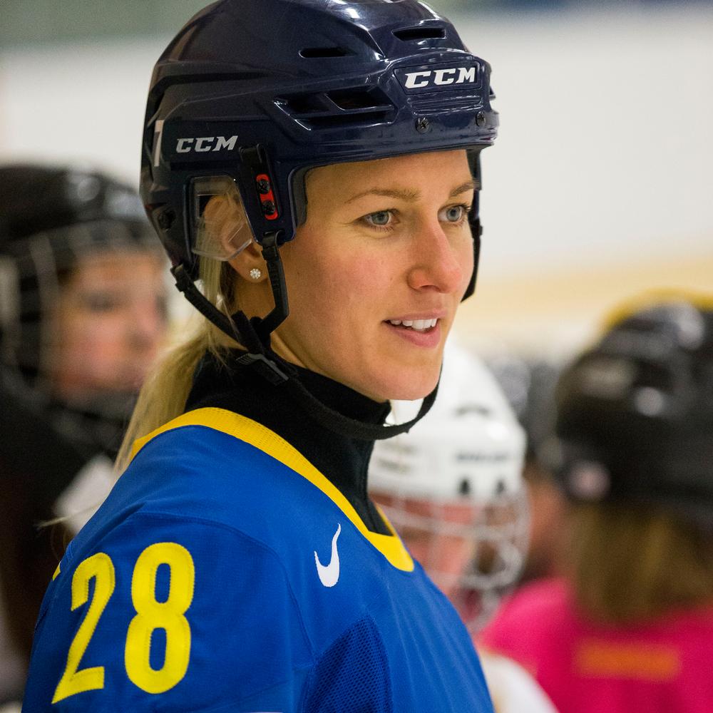 Danijela Rundqvist  Ishockey,Mästarnas mästare 2015