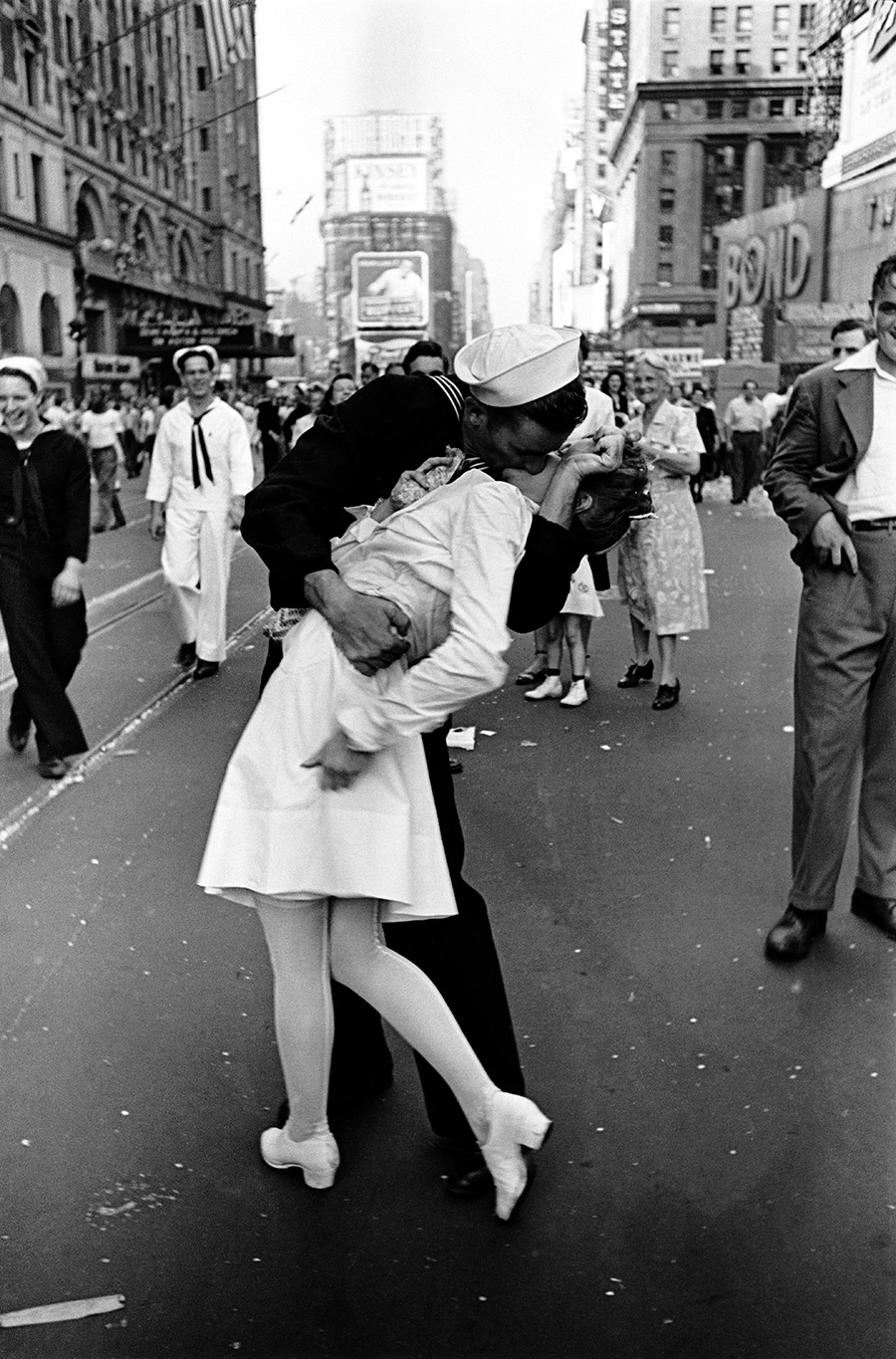 Alfred Eisenstaedt, VJ Day, Times Square, NY, 14. August 1945