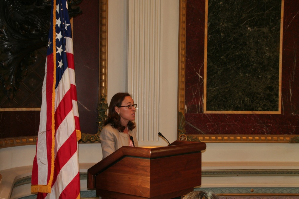 VES' Carrie Wofford addresses students, veterans' leaders, and executive branch officials on campus supports needed for student veterans at the White House Indian Treaty Room, July 12, 2016