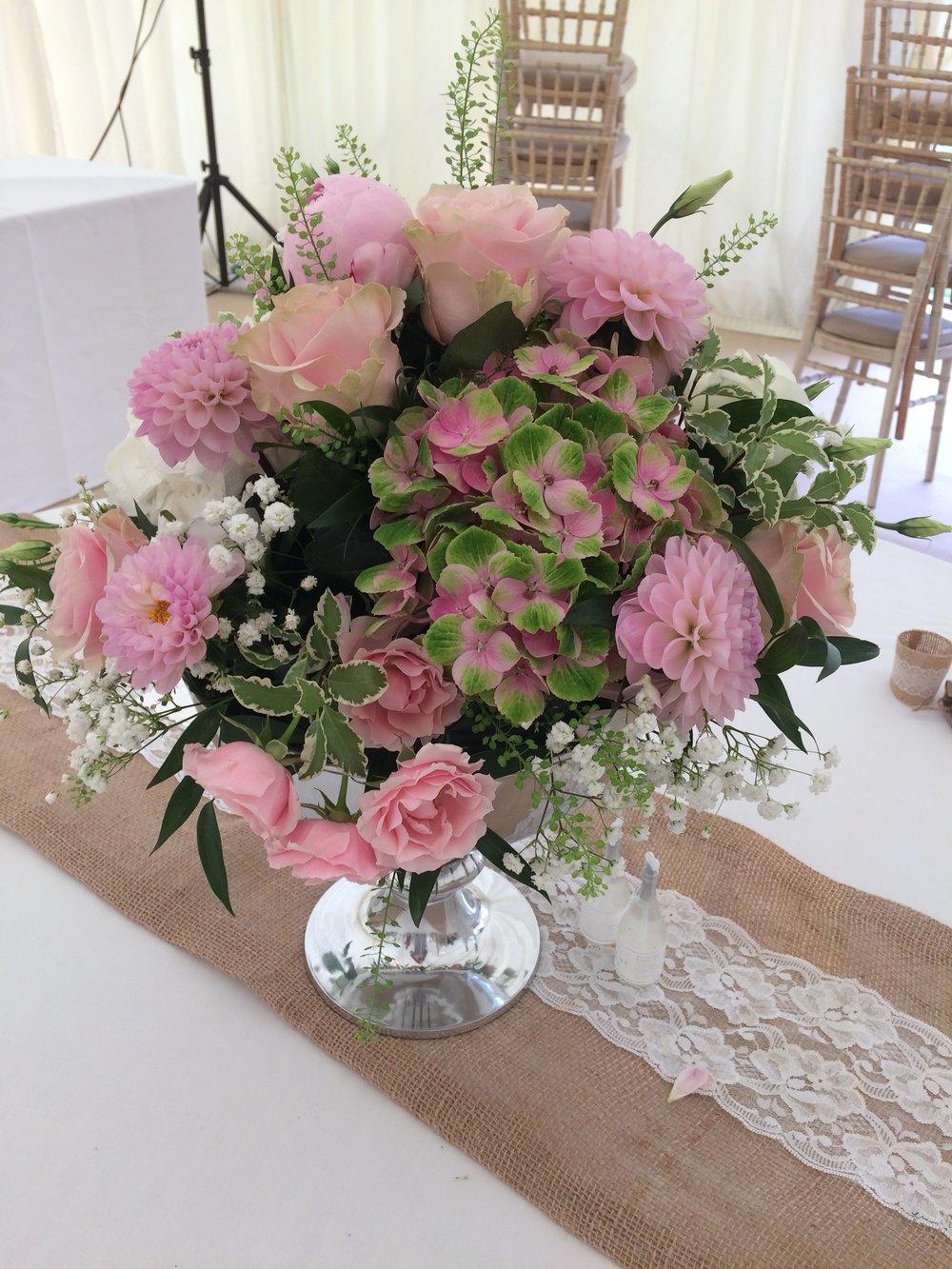 Sue Davies Flowers - Venue FlowersSue Davies Flowers - Venue Flowers