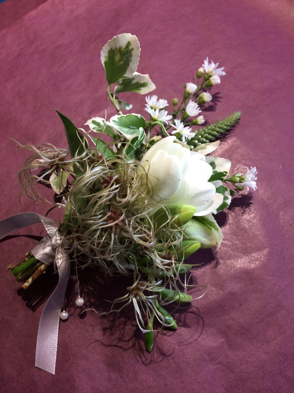 Sue Davies Flowers - Buttonhole