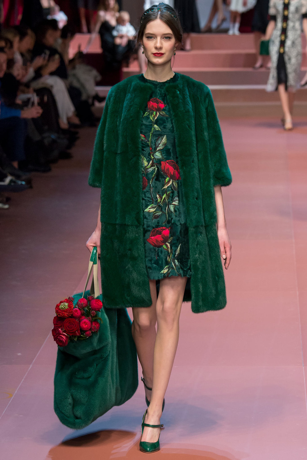 Dolce-Gabbana-11-fall15.jpg
