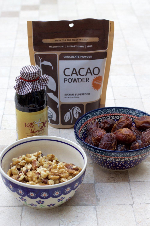Samantha McNeil Blog Raw Brownies Ingredients