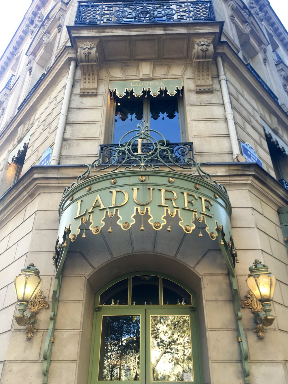 Laudree on the Champs-Elysées in Paris - Samantha McNeil Blog