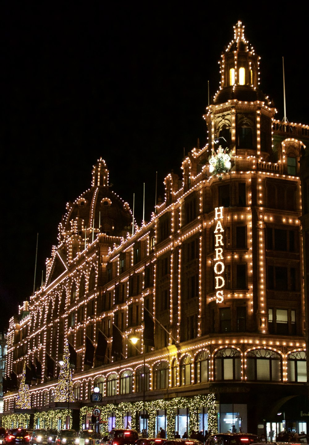 Harrods // London England // Samantha McNeil Blog