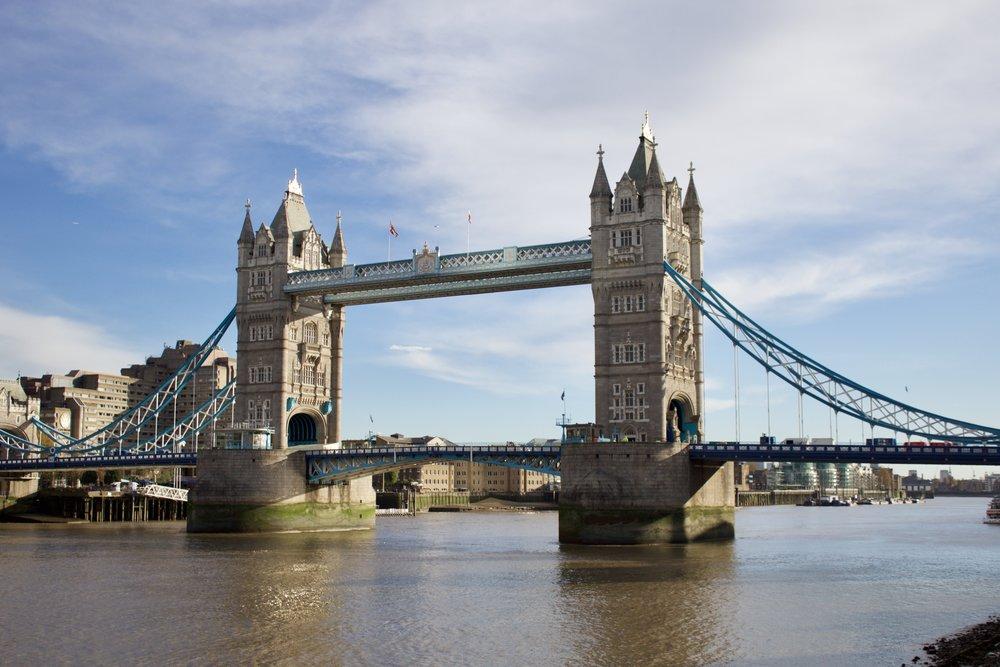 Bridge Tower // London England // Samantha McNeil Blog