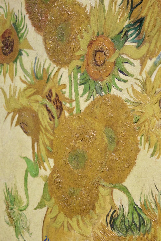 Van Gogh's Sunflowers // National Gallery // London England // Samantha McNeil Blog