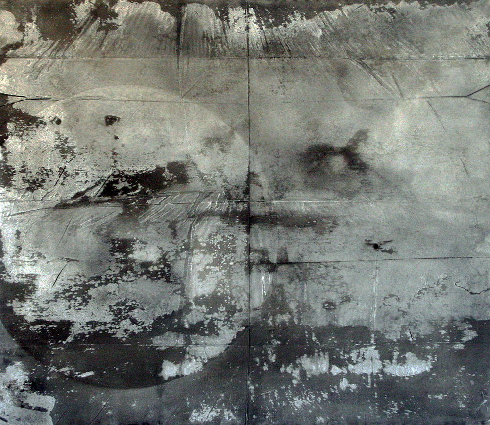 Fine line , 2016, Gesso, charcoal and graphite on canvas, 200x160 cm