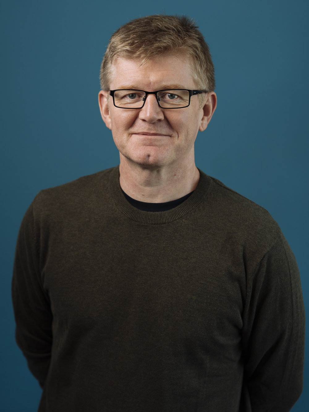 Simon Price, CEO - Based in Exawatt's UK office, Simon is responsible for Exawatt's research and market analysis services, and has deep experience in strategic planning and management consulting. He has developed, and maintains, one of the most comprehensive market models in the PV industry today.Over a career spanning more than 20 years, Simon has provided strategic planning, business development, M&A due diligence, market analysis, market forecasting and fundraising services to a number of leading companies in the energy, interactive entertainment, biotech and communications technology sectors.Simon has been in the energy industry since 2008, when he was part of the founding team of a startup technology company dedicated to improving the efficiency of crystalline solar cells. Prior to co-founding Exawatt, in 2010 he was a member of the founding team of PV Tech Group, which provided factory design and integration services to solar PV companies.Previously, as a management consultant in the interactive entertainment industry, Simon provided services to a number of industry-leading manufacturers, including Microsoft, Sony, Intel and Nokia. Other clients included software publishers and financial institutions. Simon began his career as a business journalist, overseeing two of the interactive entertainment industry's leading publications.Simon has an MSc in Science Communication from Imperial College of Science, Technology and Medicine, University of London, and a BEng in Electrical and Electronic Engineering from the University of Newcastle upon Tyne, UK.In an office full of sporting over-achievers and mountain adventurers, Simon has taken to riding his home-made electric bike in a bid to keep up.