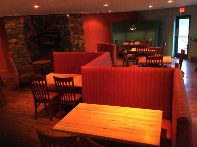 Restaurant Designer Zig-Zag Banquette Design