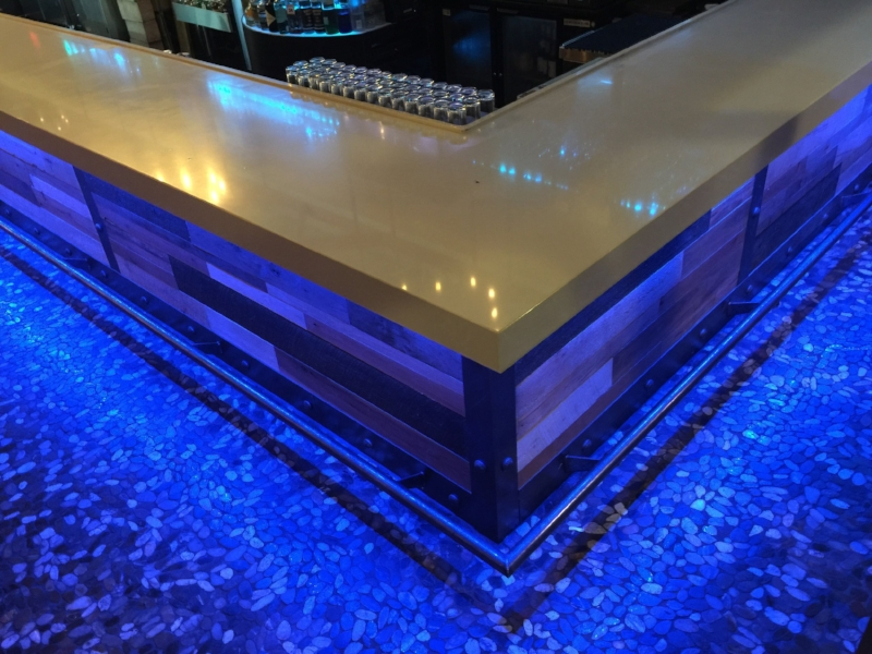 Quartz and River Rock Bar Design