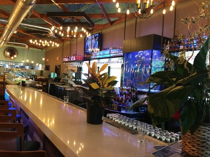 Cuzin's Bar Design