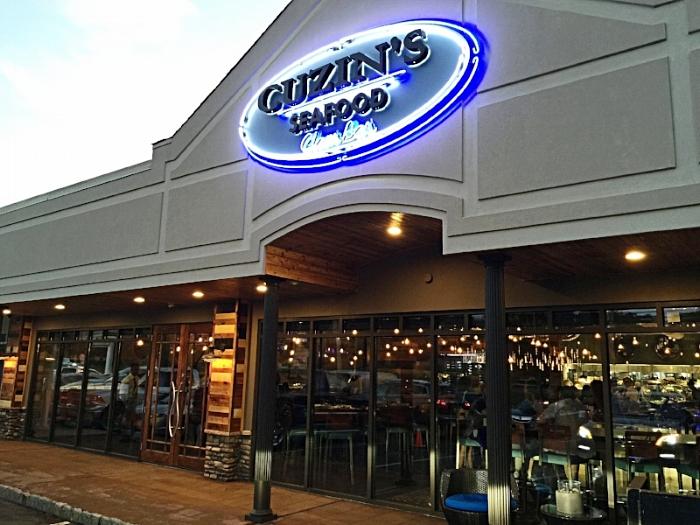 Cuzin's clam Bar by Restaurant Designer Raymond Haldeman