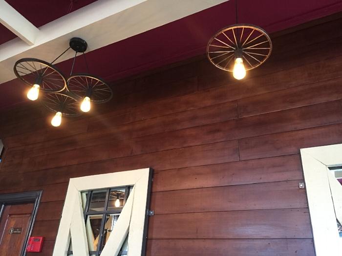 Industrial Restaurant Lighting