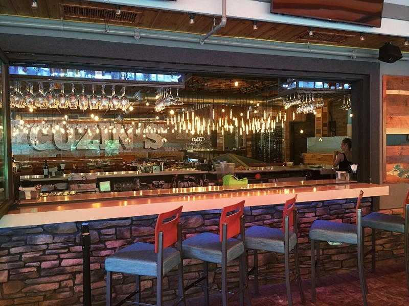 Outdoor Patio Bar, Cuzins
