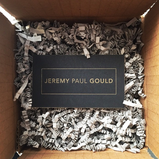 Some sweet business cards for photographer @jeremypgould. Love the gold on black.