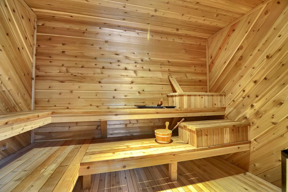 17 - Sauna.jpg