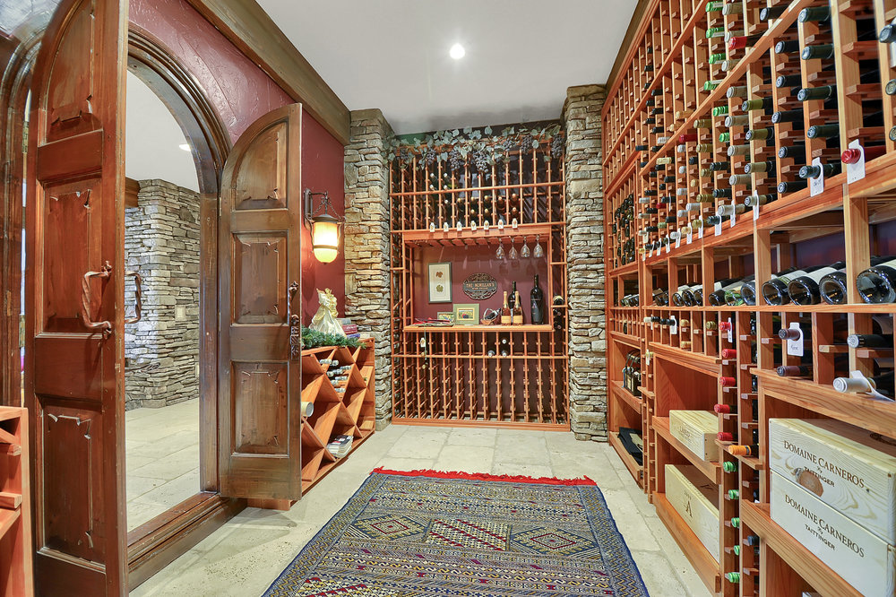 18 - Wine Cellar.jpg