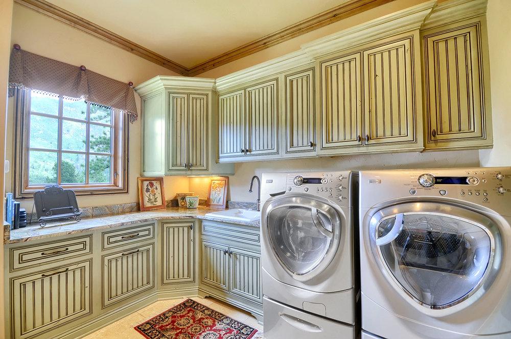 13 - Laundry.jpg