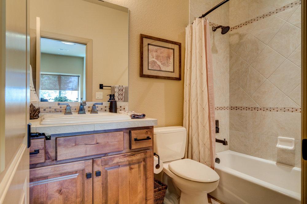 28 - Private Bath off Guest Suite.jpg