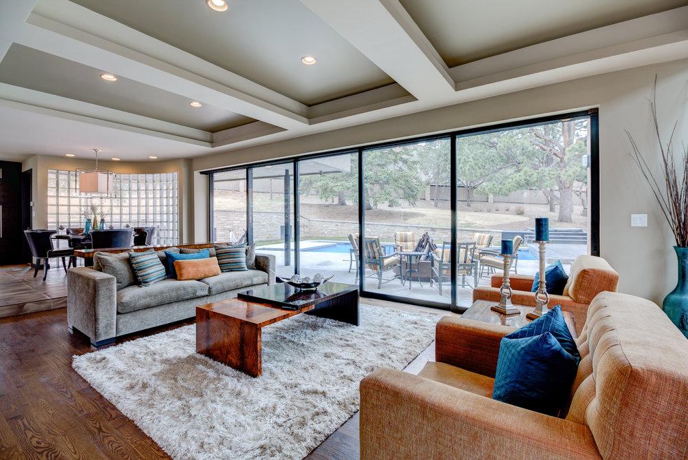 7.5-Living Room.jpg