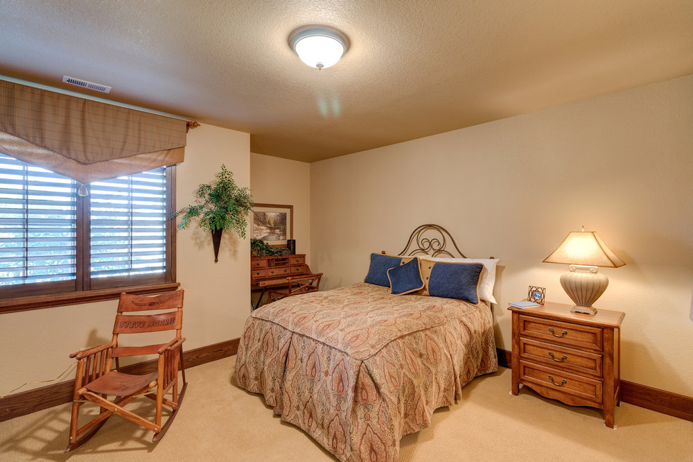 28-Lower Level Guest Bedroom 2.jpg