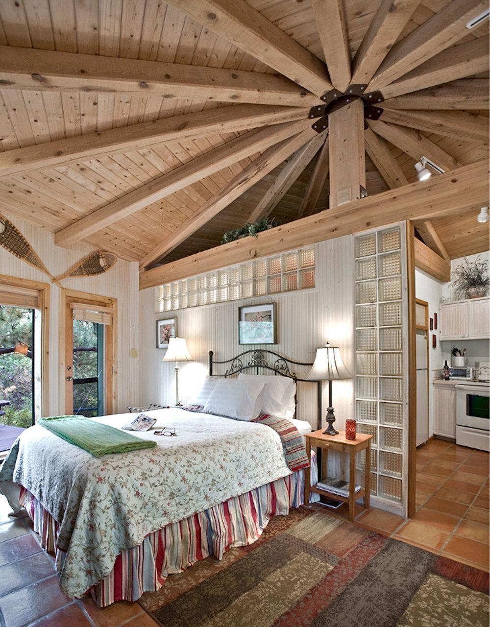 35-Cabin Interior.JPG