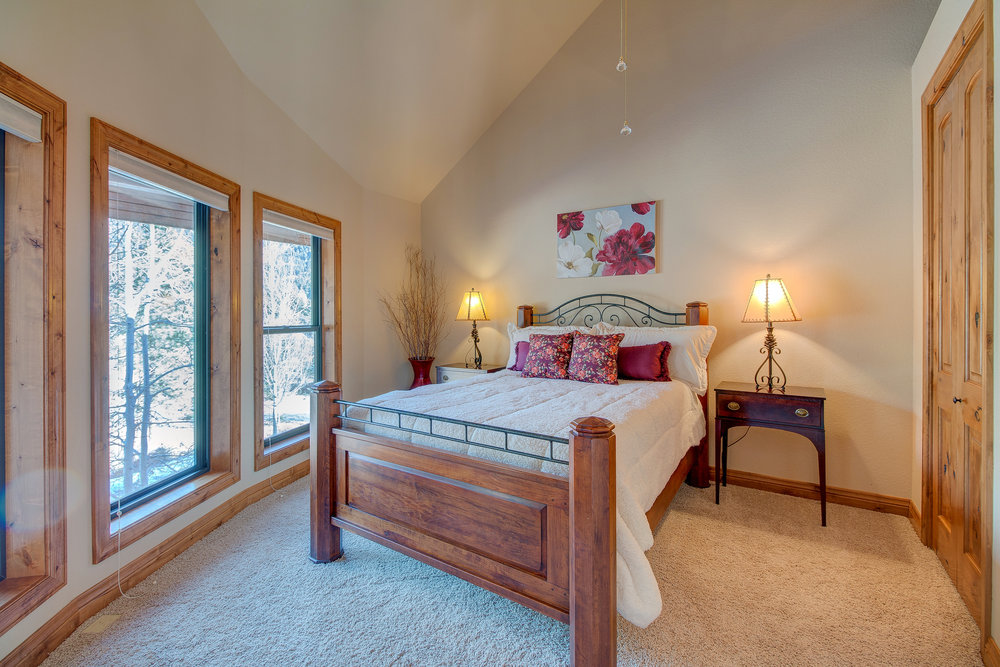 27-Guest Bedroom with Vaulted Ceiling.jpg