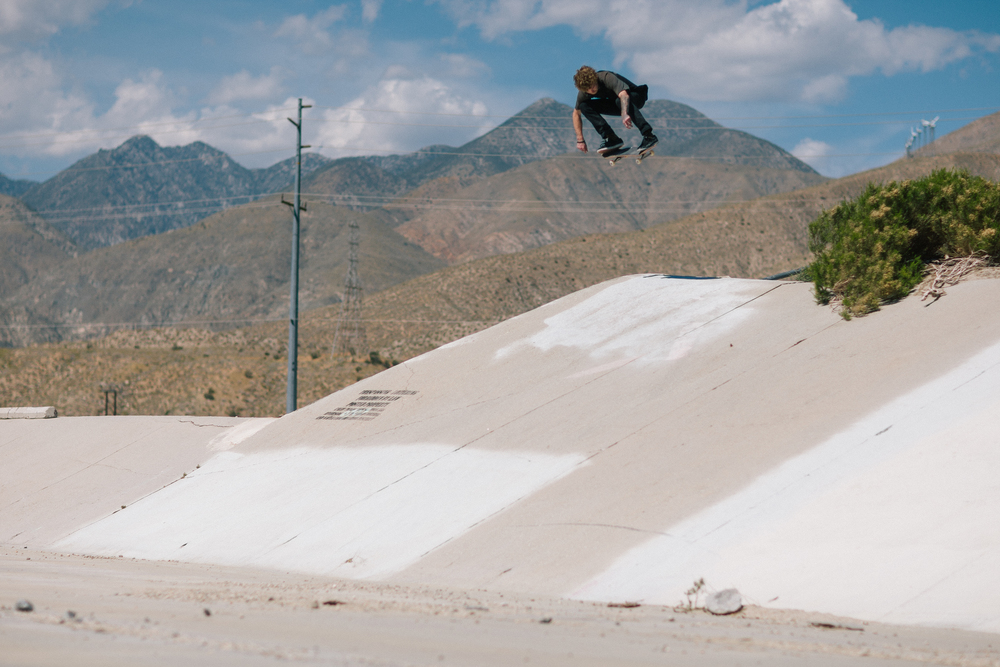 Next spot. New guy Mikey Carpenter comes hit hot! with this backside hip blaster.