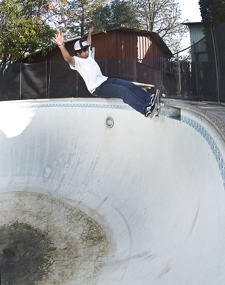 Justin Felix, frontside over light/box