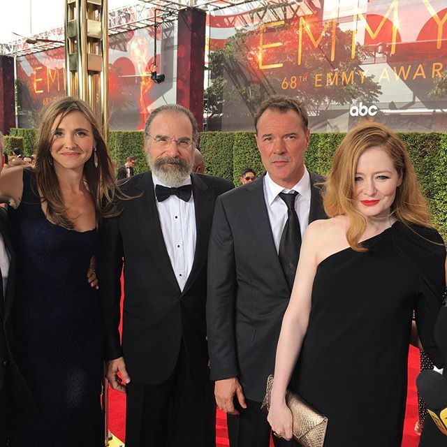 Cast of #Homeland has arrived! LOVE that show! #Emmys #etemmys @entertainmenttonight